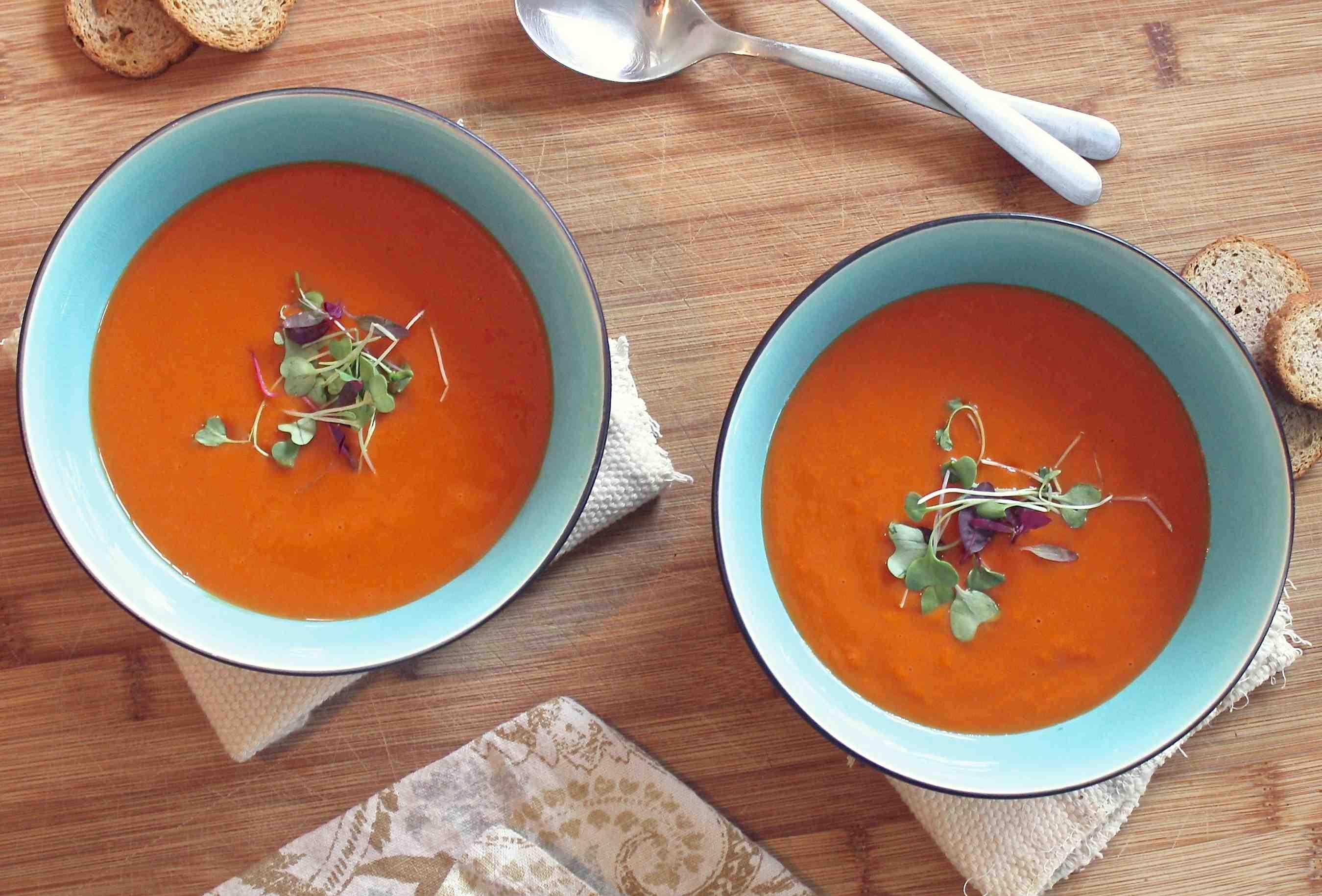 Tomato, Basil and Chilli Soup